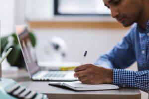 10 claves para compaginar trabajo con estudios