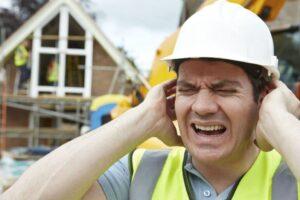 Pérdida de audición en el trabajo: cómo evitarlo y recuperar lo perdido
