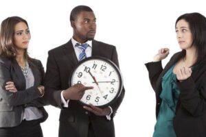 Cuáles pueden ser las consecuencias legales de llegar tarde al trabajo
